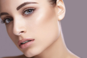 Closeup beauty face portarit of young healthy beautiful woman